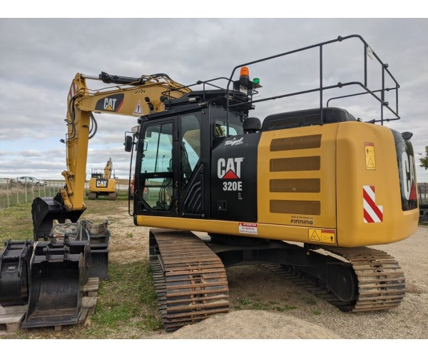 Excavator Caterpillar 320EL