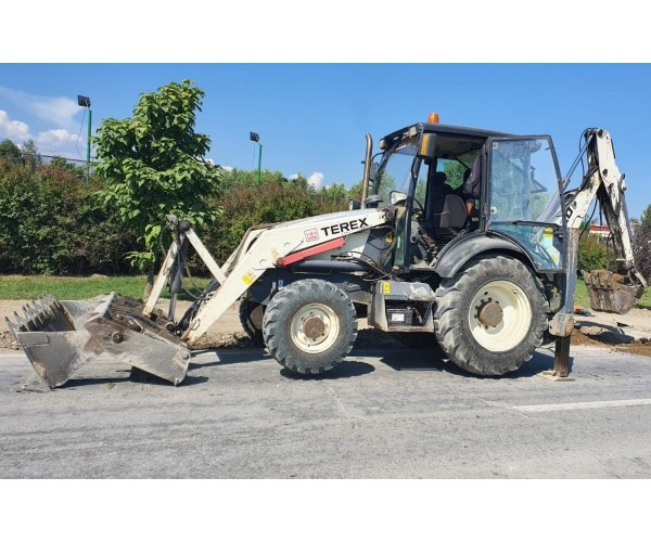 Buldoexcavator Terex 820